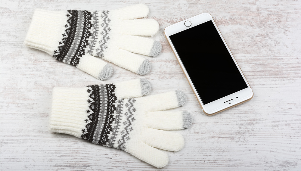 How do Touchscreen Gloves Work?